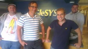 Från vänster Andreas Bard och Jakob Naredi från Dreambuilders. Glenn Johansson från GleSys och Jonny Elofsson från Adrecord.